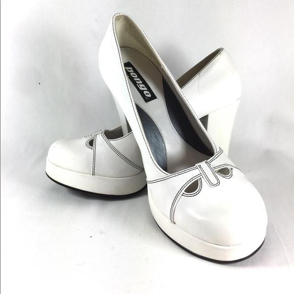 8c373768a2e0 BONGO Shoes - Bongo Vintage 90s Platform Shoes